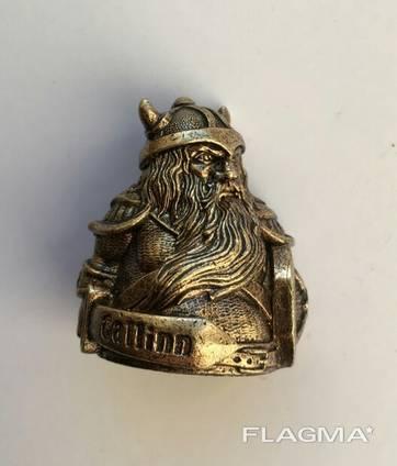 Bronze souvenirs